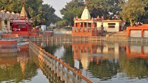 Asthi Visarjan in Sannihit Sarovar Kurukshetra